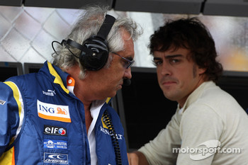 Flavio Briatore, Renault F1 Team, Team Chief, Managing Director with Fernando Alonso, Renault F1 Team