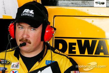 Crew chief Chip Bolin