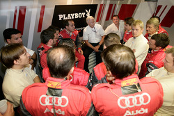 Audi Sport Team Rosberg team meeting