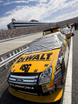 The #17 DeWALT Ford sits on the grid during pre-race