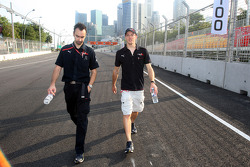 Race engineer Claudio Balestri and Sébastien Bourdais during the track walk