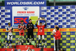 Podium: race winner Noriyuki Haga, second place Fonsi Nieto, third place Troy Bayliss