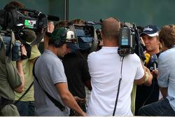 Nico Rosberg, WilliamsF1 Team being interviewed