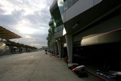 A1 Team France garage