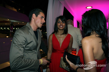 Adrian Sutil Force India F1 talks with Fly Kingfisher Speed Divas at the Indian Empress Fly Kingfisher Closing Party