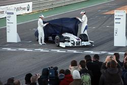 Nick Heidfeld and Robert Kubica unveil the new BMW Sauber F1.09
