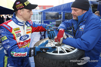Mikko Hirvonen and George Black discuss tyres