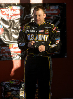Raybestos Rookie of the Year radio-controlled car race event: Ryan Newman, Stewart-Haas Racing Chevrolet