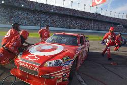 Pit stop gone bad for Juan Pablo Montoya, Earnhardt Ganassi Racing Chevrolet