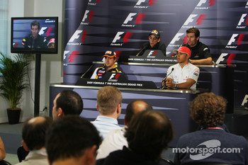 FIA press conference: Fernando Alonso, Renault F1 Team, Sebastien Buemi, Scuderia Toro Rosso, Lewis Hamilton, McLaren Mercedes, Mark Webber, Red Bull Racing