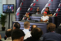 FIA press conference: Fernando Alonso, Renault F1 Team, Sebastien Buemi, Scuderia Toro Rosso, Lewis Hamilton, McLaren Mercedes, Mark Webber, Red Bull Racing