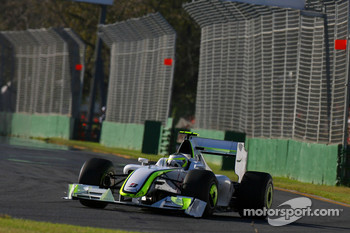 Rubens Barrichello, Brawn GP, BGP001, BGP 001 with a demolished front wing