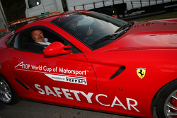 Speed demo in Portimao: Manuel de Luz Mayor of Portimao