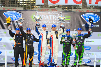 P1 podium: class and overall winners Gil de Ferran and Simon Pagenaud, second place David Brabham and Scott Sharp, third place Clint Field and Chapman Ducote