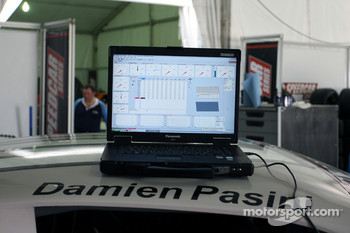 Laptop computer containing telemetry for Damien Pasini JMB