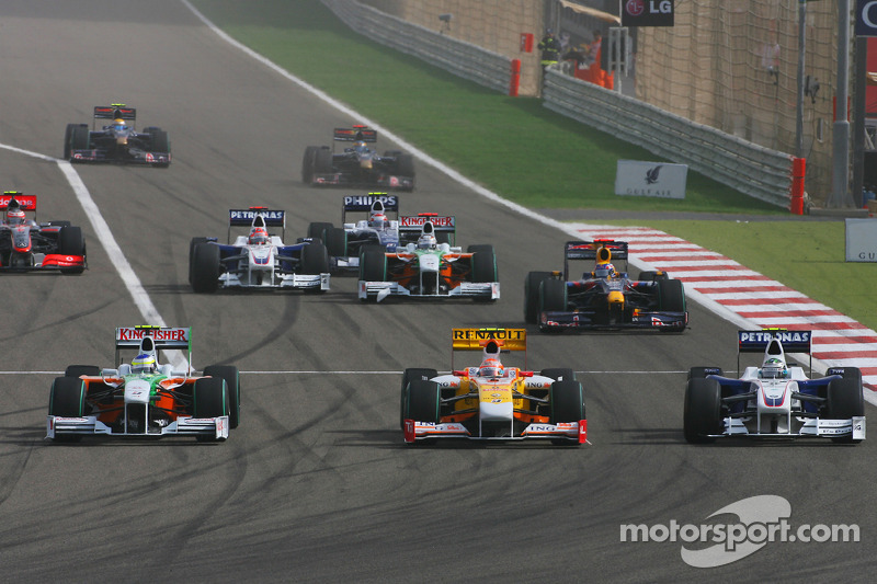 Start: Adrian Sutil, Force India F1 Team Nelson A. Piquet, Renault F1 Team and Nick Heidfeld, BMW Sauber F1 Team