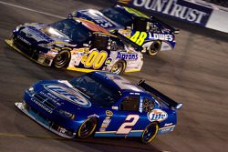 Kurt Busch, Penske Racing Dodge, David Reutimann, Michael Waltrip Racing Toyota, Jimmie Johnson, Hendrick Motorsports Chevrolet