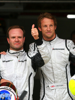 Rubens Barrichello, Brawn GP and pole winner Jenson Button, Brawn GP