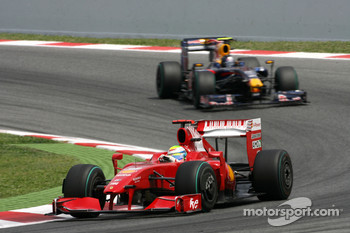 Felipe Massa, Scuderia Ferrari and Sebastian Vettel, Red Bull Racing
