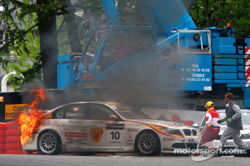 Sergio Hernandez, BMW Team Italy-Spain, BMW 320si on fire