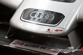 Audi Sport Team Joest Audi R15 TDI front wing detail