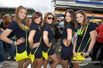 Creation Autosportif girls