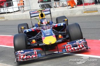 Sebastian Vettel, Red Bull Racing with a new front nose cone