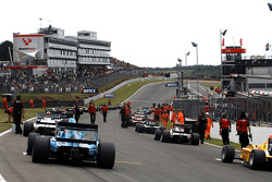 The race 2 grid formation