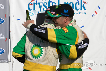P2 podium: class winners Butch Leitzinger and Marino Franchitti celebrate