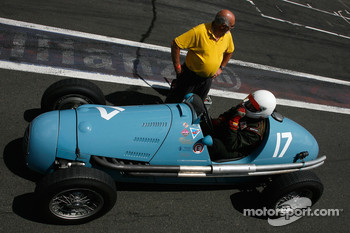 Starting from the pitlane, #17 Marc Valvekens (B) Gordini T16, 1956, 1500cc
