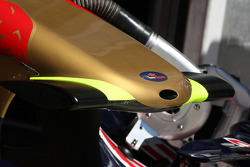 Scuderia Toro Rosso, STR04, detail