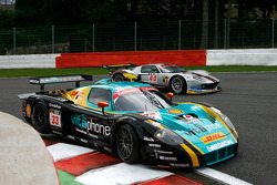 #33 Vitaphone Racing Team DHL Maserati MC 12: Alessandro Pier Guidi, Stéphane Lemeret, Carl Rosenblad, Vincent Vosse; #40 Marc VDS Racing Team Ford GT: Eric de Doncker, Bas Leinders, Renaud Kuppens