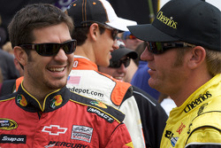 Martin Truex Jr., Earnhardt Ganassi Racing Chevrolet and Clint Bowyer, Richard Childress Racing Chevrolet