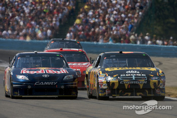 A.J. Allmendinger, Richard Petty Motorsports Dodge, Brian Vickers, Red Bull Racing Team Toyota
