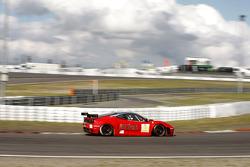 #84 Team Modena Ferrari F430 GT: Antonio Garcia, Leo Mansell, Toni Vilander