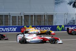Timo Glock, Toyota F1 Team, Romain Grosjean, Renault F1 Team