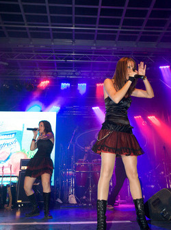 Crescent Street Ford Racing Festival: live entertainment