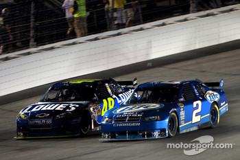Jimmie Johnson, Hendrick Motorsports Chevrolet, Kurt Busch, Penske Racing Dodge
