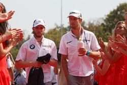 Nick Heidfeld, BMW Sauber F1 Team, Jenson Button, BrawnGP