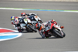 Leon Camier, MV Agusta, Markus Reiterberger, Althea BMW Team, und Jordi Torres, Althea BMW Team