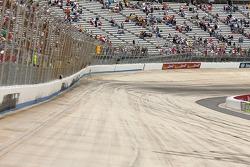 Dover International Speedway ambiance