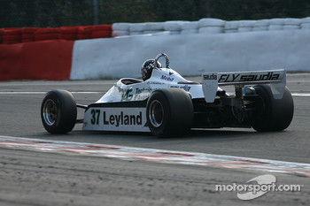 #37 Christophe dAnsembourg Williams FW07/C