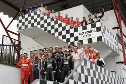 FIA-GT drivers pose