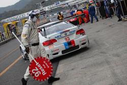 Pit stop for #92 BMW Rahal Letterman Racing Team BMW E92 M3: Tom Milner, Dirk Muller
