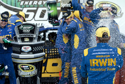 Victory lane: race winner Jamie McMurray, Roush Fenway Racing Ford celebrates with champagne