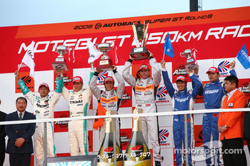 GT500 podium: winner #8 Arta NSX: Ralph Firman, Takuya Izawa: second place #36 Petronas Tom's SC430: Juichi Wakisaka, Andre Lotterer, third place #17 Keihin NSX: Koudai Tsukakoshi, Toshihiro Kaneish