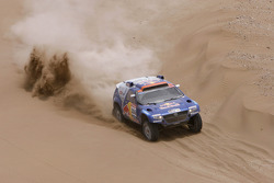 #306 Volkswagen: Nasser Al Attiyah and Timo Gottschalk
