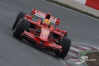 Valentino Rossi tests the Ferrari F2008
