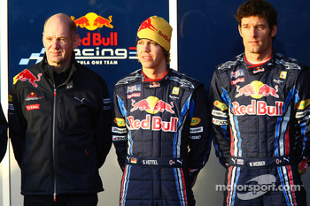 Adrian Newey, Red Bull Racing, Technical Operations Director with Sebastian Vettel, Red Bull Racing and Mark Webber, Red Bull Racing