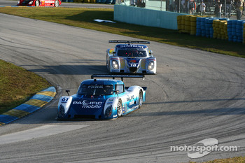#61 AIM Autosport Ford Riley: Burt Frisselle, Mark Wilkins; #10 SunTrust Racing Ford Dallara: Max Angelelli, Ricky Taylor